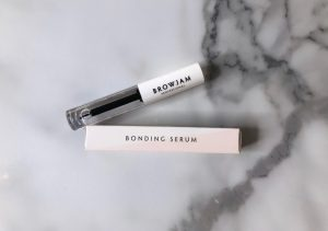 An alternative image of Browjam's bonding serum